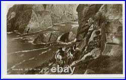1937 postcard FOWLERS OF ST KILDA ON CLIFFS with ST KILDA octagonal datestamp
